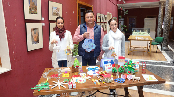 "Montemayor participa en el Programa Europeo ""European Christmas Tree Decoration Exchange"""