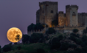 Superluna Castillo Almodóvar