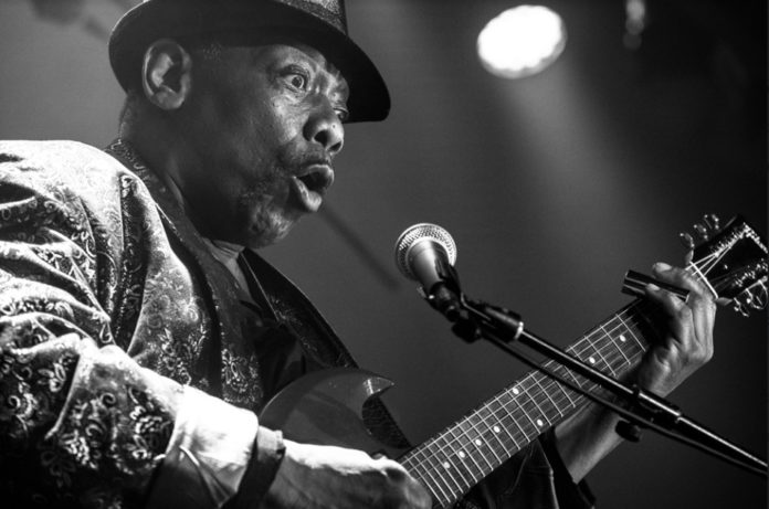 La Axerquía acoge al legendario bluesman Lucky Peterson,  junto a la banda The Organization